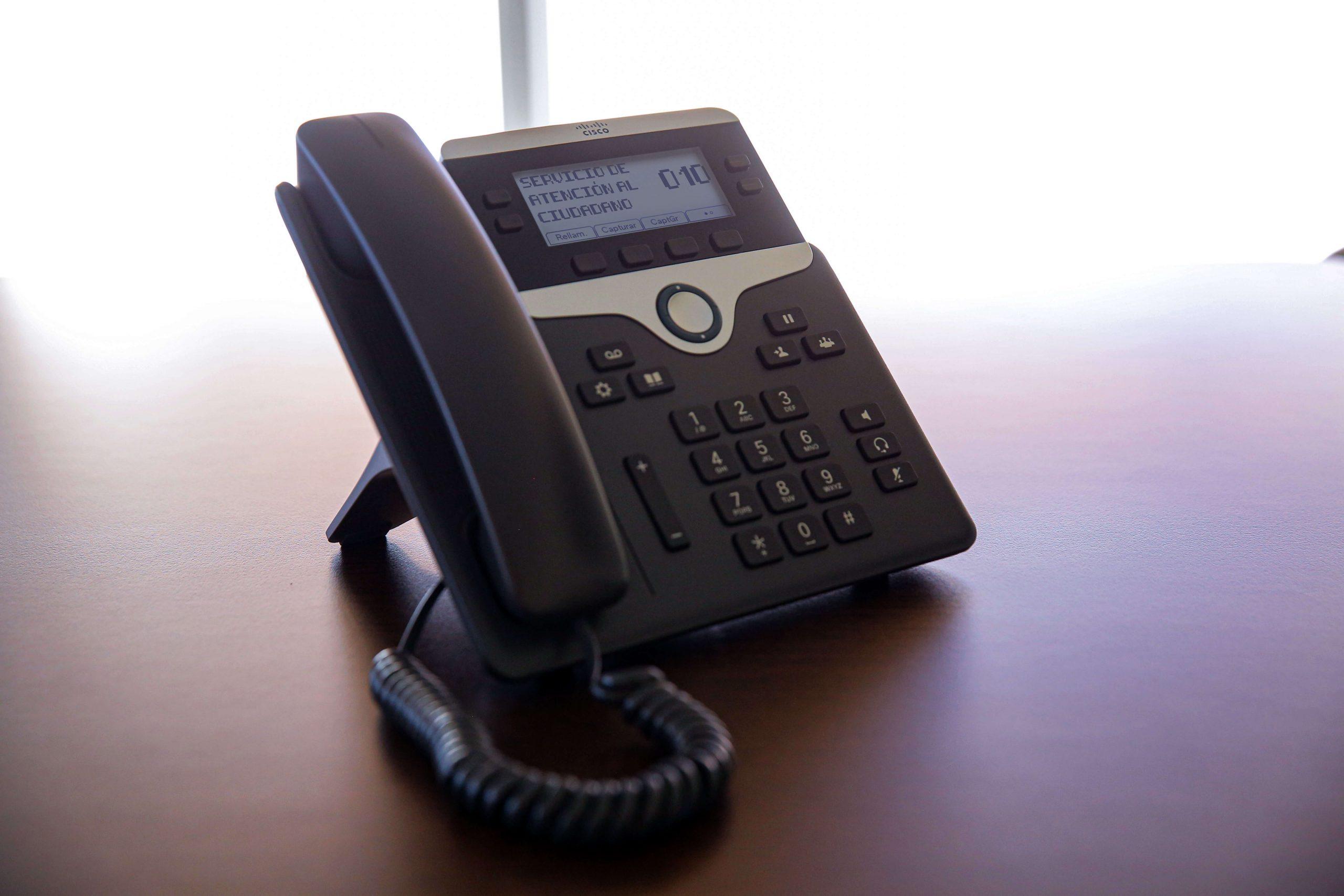 Teléfono010